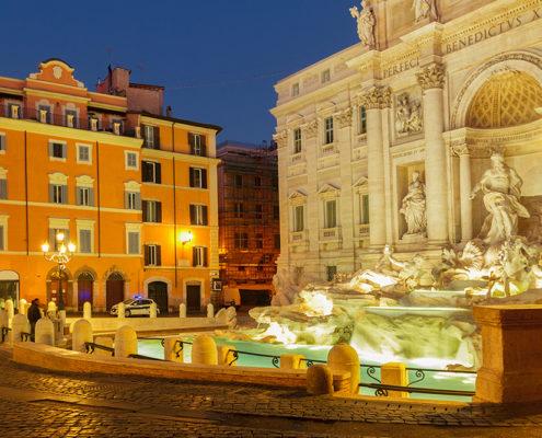 Rome, la légendaire fontaine de Trevi